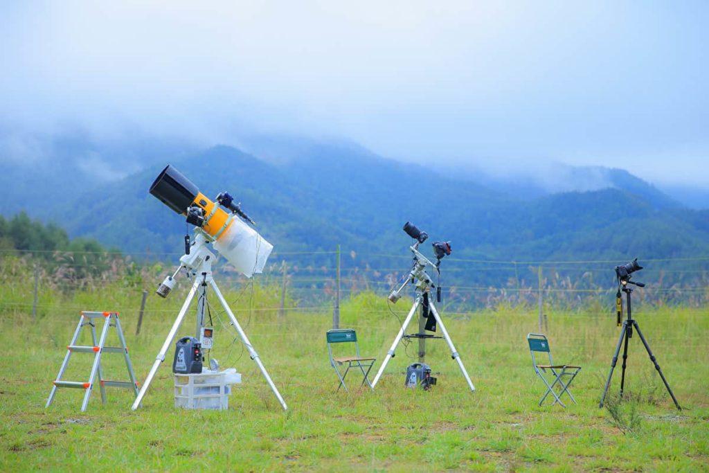 キャンプ 天体望遠鏡