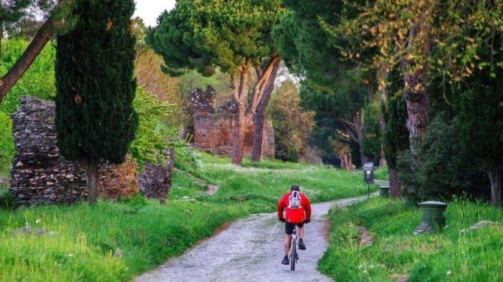 サイクリング イタリア 旧アッピア街道 サイクリング