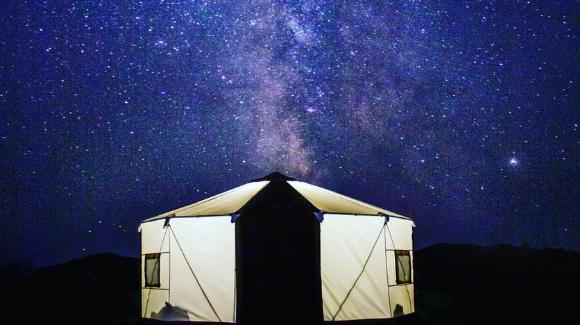 「暮らすように使えるゲルテント」移動式住居ゲルが15分組み立てのグランピングテントとして登場