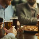 ポータブルタンブラー「COLD AND WARM CUP」はピード冷却&温め可能で夏のビールやアイスコーヒーに最適!