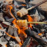 秋のキャンプこそ焚き火料理を楽しもう!焚き火のマナーとおすすめレシピ