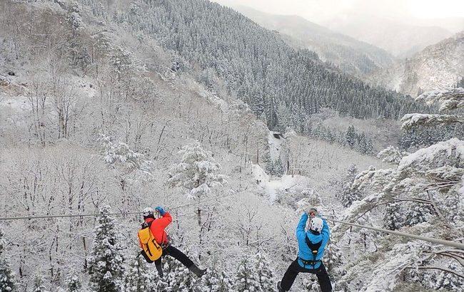 日本最大級の冒険の森「ツリーピクニックアドベンチャーいけだ」で密にならない冬の森での過ごし方