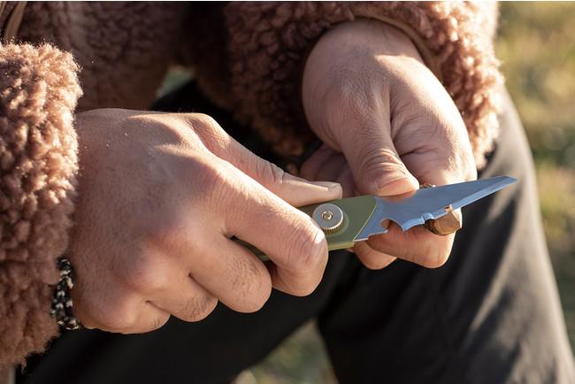 OLFA WORKS「替刃式ブッシュクラフトナイフ BK1」