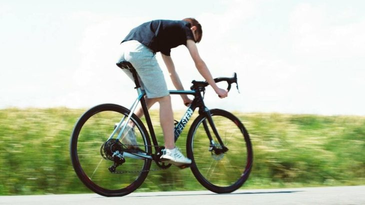 ユニクロはロードバイクの服装に最適!コーディネイトやおすすめをご紹介