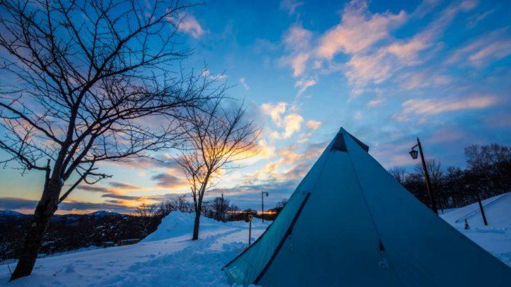 見せるギア収納術で快適に!荷物の多い冬でもキャンプサイトをおしゃれに見せよう