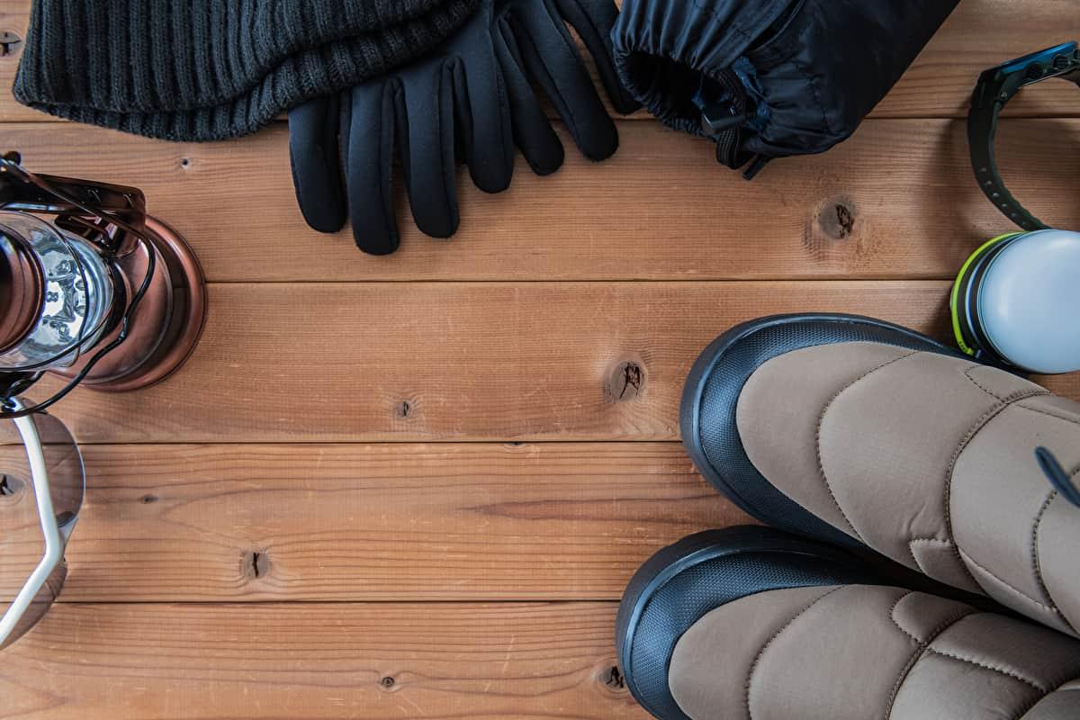 雪中キャンプ ブーツ