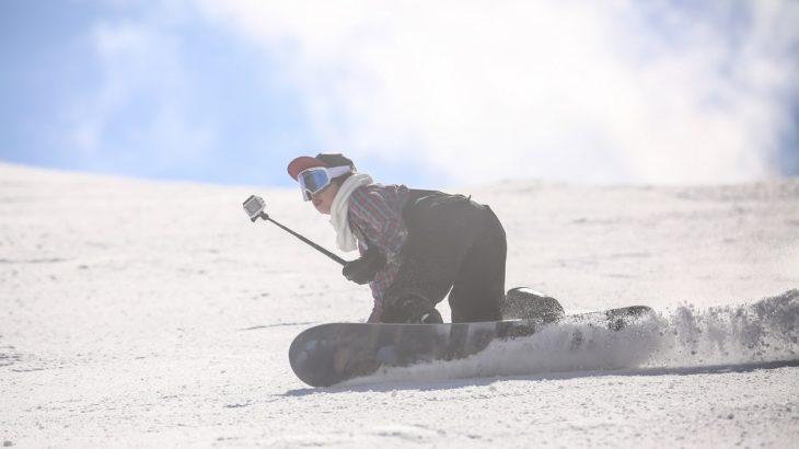 ゲレンデで大活躍!スキー・スノーボードにおすすめのカメラを紹介します