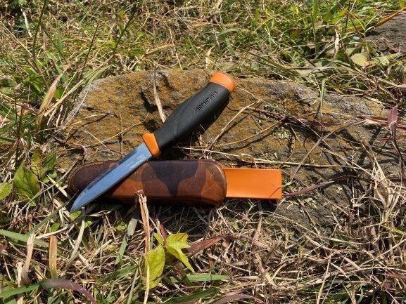 栃木レザー使用ナイフジャケット