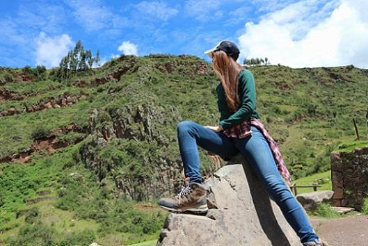 トレッキングシューズで登山に行く!レディース用トレッキングシューズの選びかた