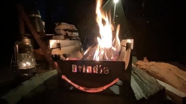 B5収納の焚き火台「BurnMoreNOTE」