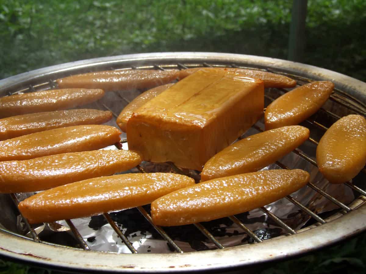 キャンプ 燻製料理