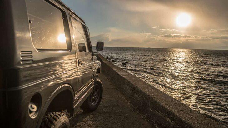 ジムニーの車でキャンプを楽しみたい!アウトドアにおすすめなジムニーの魅力とは