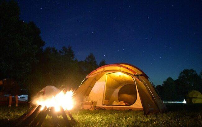 便利アイテム「ブロワ」で映えるキャンプ!火起こしやテント・タープの水滴飛ばしに使える!