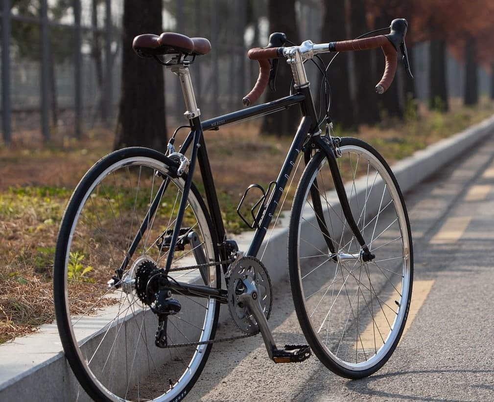 ロードバイク エンドキャップ