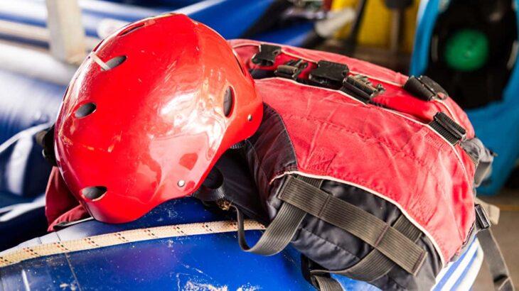 【カヌー帽子・カヤック編】ヘルメットはカヤックでの必須ギア!選びかたとおすすめヘルメットを紹介