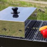 蓋付きBBQグリルは組み立て簡単30秒、1台4役の調理器具