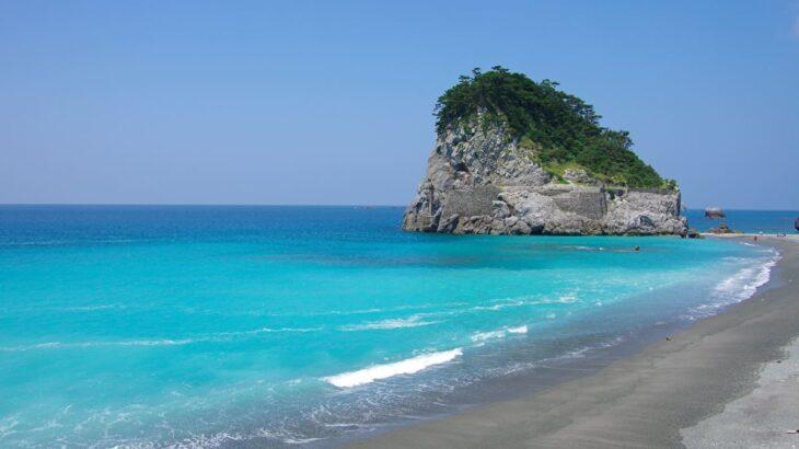 離島キャンプを楽しむ!無人島でのキャンプの魅力をご紹介