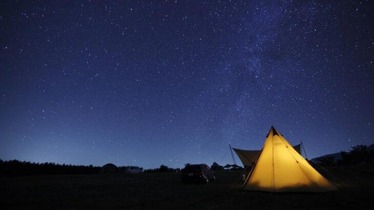 キャンプ 夏の星座